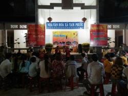 Hát bài chòi tại Hội xuân xã Tam Phước năm 2019.
