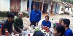 Hội LHTN xã Tam Thành ra quân tình nguyện giúp đỡ gia đình chính sách