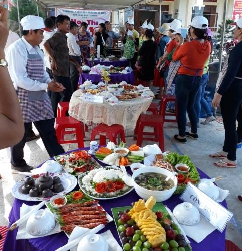 Đoàn thị trấn Phú Thịnh phối hợp tổ chức ngày gia đình Việt Nam (28/6/2000-28/6/2018).