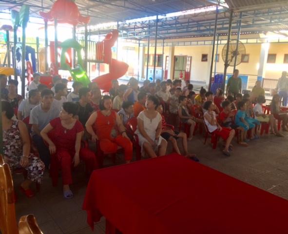Đoàn xã Tam Đàn phối hợp tổ chức thăm các em tại Làng Hòa Bình nhân ngày quốc tế thiếu nhi ngày 01/6
