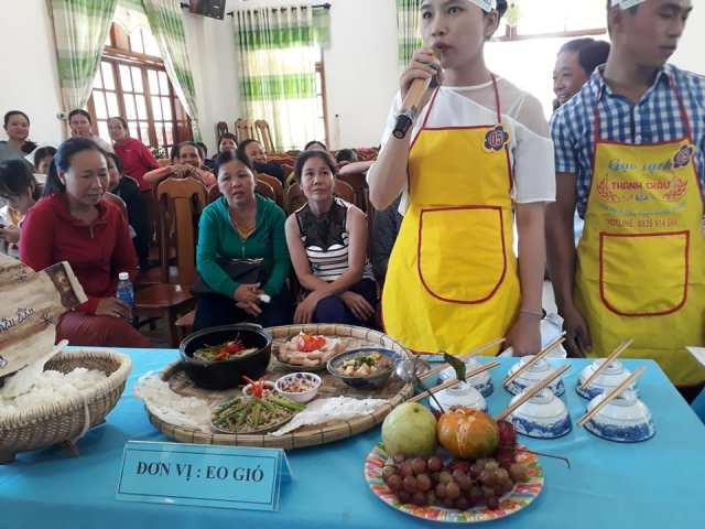 """Đoàn xã Tam Lộc phối hợp với UBND xã và hội LHPN xã Tam Lộc  tổ chức Hội thi """"Đầu bếp điểm 10"""""""