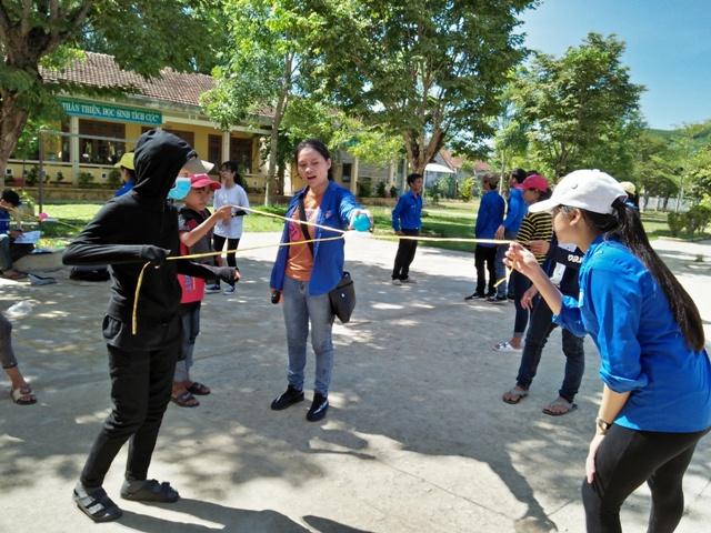 """Chi đoàn thôn Đại Quý xã Tam Lộc tổ chức """"Ngày hội Amazing race""""  và các hoạt động hướng đến kỷ niệm 71 năm ngày TBLS 27/7"""