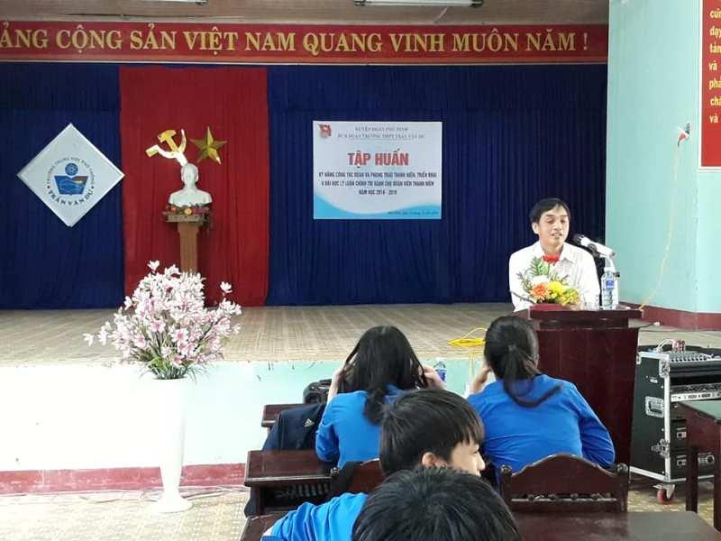 Huyện đoàn Phú Ninh tổ chức triển khai chuyên đề Chỉ thị 05 năm 2019 và tập huấn kỹ năng công tác Đoàn và phong trào Thanh niên trường học năm học 2018 - 2019