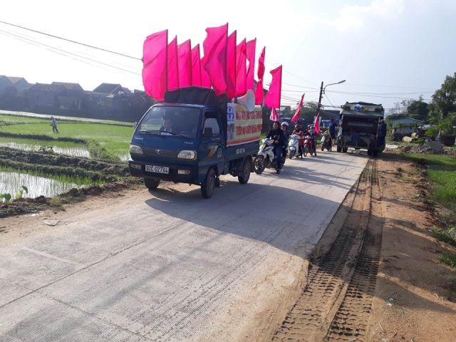Đoàn Thanh niên xã Tam Vinh phối hợp tổ chức tuyên truyền an toàn giao thông trước tết Nguyên đán Kỷ Hợi năm 2019