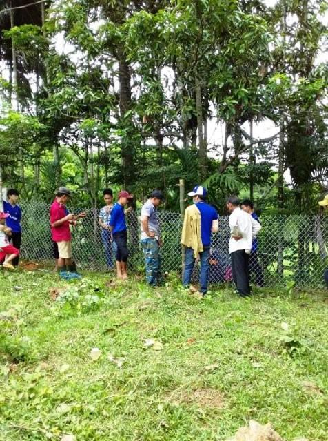 Đoàn thị trấn Phú Thịnh: ra quân tình nguyện chỉnh trang khuôn viên Nhà văn hóa khối phố.