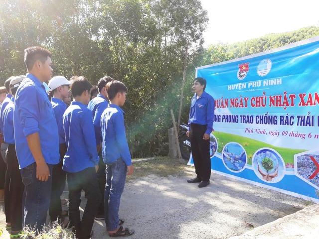 Ra quân hưởng ứng Ngày Chủ nhật xanh tại Tam Lộc