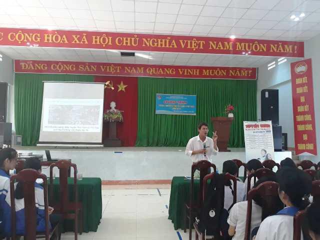Đoàn xã Tam Lãnh  tổ chức chương trình hướng nghiệp cho học sinh THCS