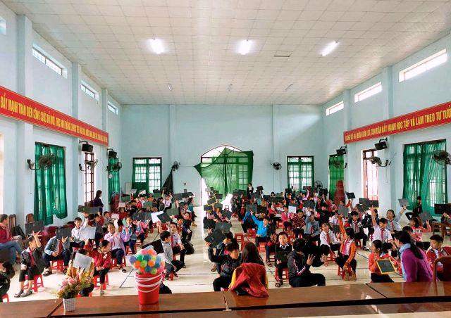 Trường THCS Nguyễn Văn Trỗi tổ chức Hội vui học tập cho khối 6